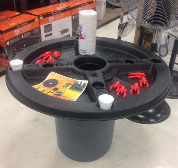 Round Crawfish Tables